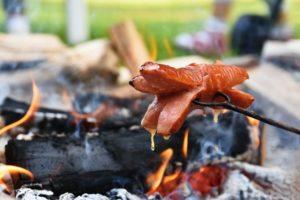 Die 1. Wurst vom Feuer im 2019! @ Abenteuerland Teuflibach Cham